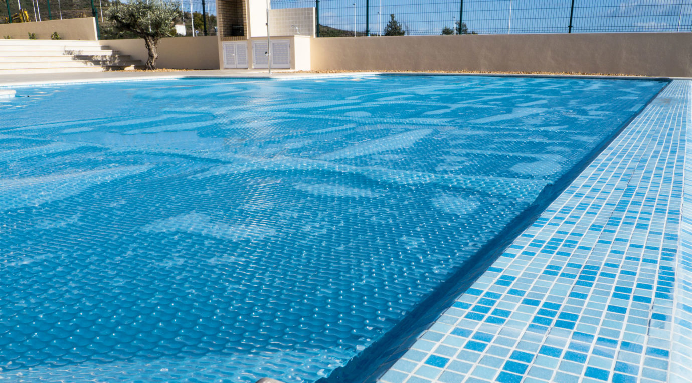 How To Choose The Right Pool Heater Size Aquacomfort